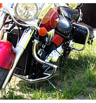Kawasaki VN2000 (2004-2010) Engine Guard with built in pegs